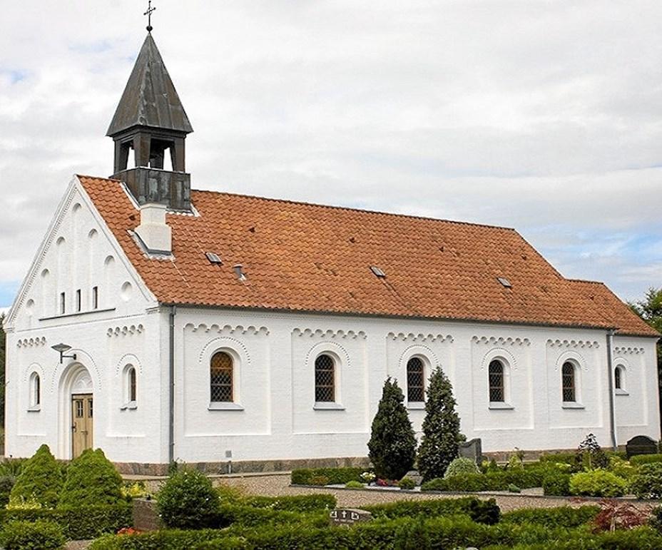 Samskabelse mellem landsbyer og -kirker