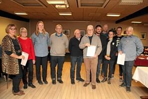 Lions Club Hvetbo uddelte midler