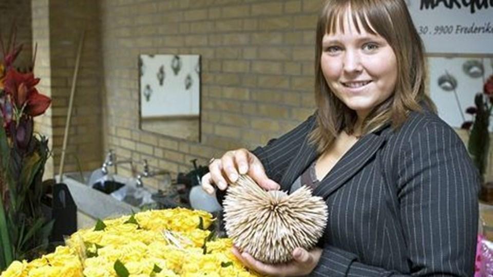 Pia Arentsen fra Butik Marguerite tryllede med grene, blomster og frugt hele weekenden. Foto: Henrik Louis