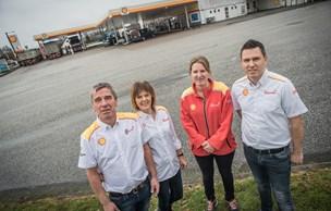 Peters bedstefar bragte Shell til Støvring: Nu har familien forhandlet brændstof i 100 år