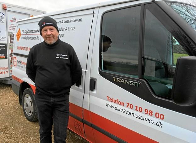 Erik Rasmussen fra VVS Kaj Rasmussen A/S glædede sig over, at vandværket havde valgt netop hans firma til at varetage den store opgave at sikre vandforsyningen til områdets borgere. Privatfoto