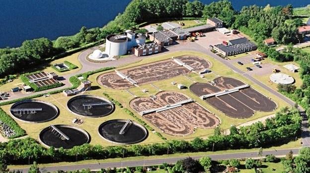 Mariagerfjord Kommunes færdigrensede spildevand føres via en ledning et par kilometer ud i Kattegat. Fremover skal det måske gælde spildvand fra hele Himmerland. Foto: Mariagerfjord Vand