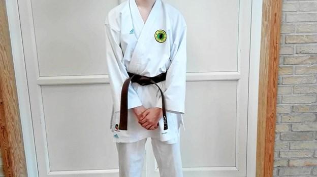 Nicolaj med sit nye bælte Foto: Henrik Vandrup Henrik Vandrup