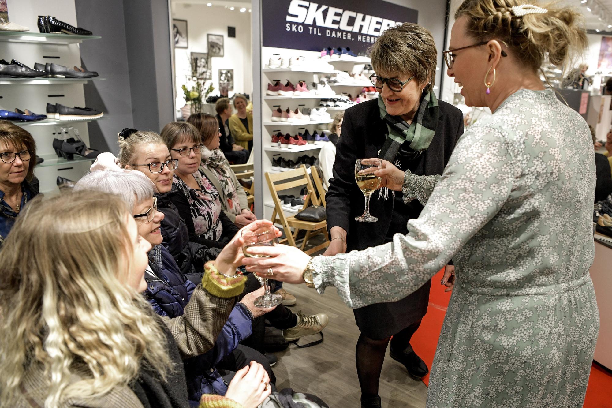 Modekr Se Med dk BillederneKvindeuge sVendelboposten YWEDH29I