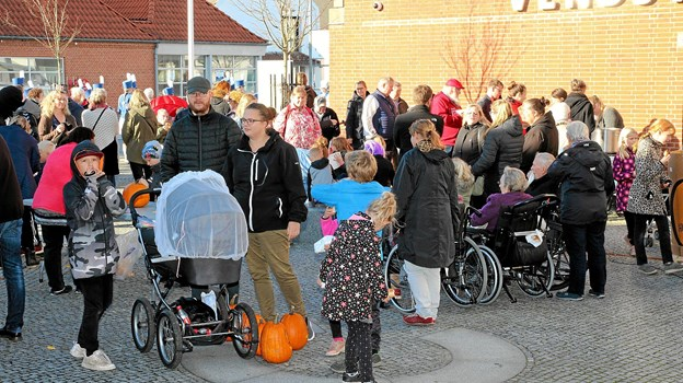 Der var mødt mange familier frem til arrangementet. Foto: Flemming Dahl Jensen