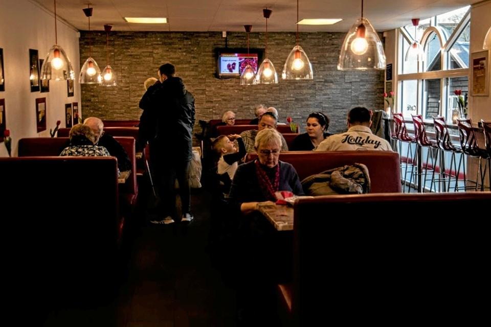 Suppen blev serveret hos bager Groes i Hovedgaden. Foto: Mogens Lynge Mogens Lynge