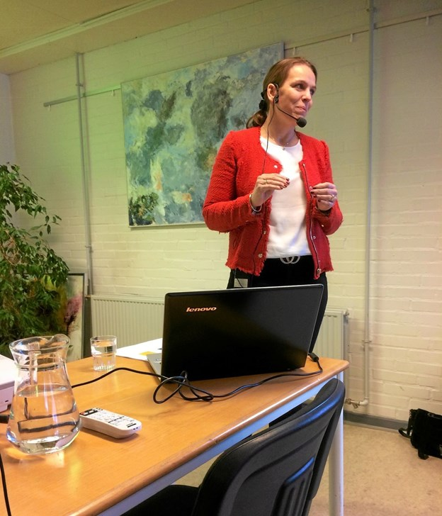 Gitte Monrad fra Nordjyllands Trafikselskab fortalte om de forskellige trafikmuligheder. Privatfoto