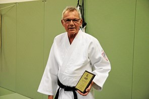 Arne Nøhr fik ærestegn i guld