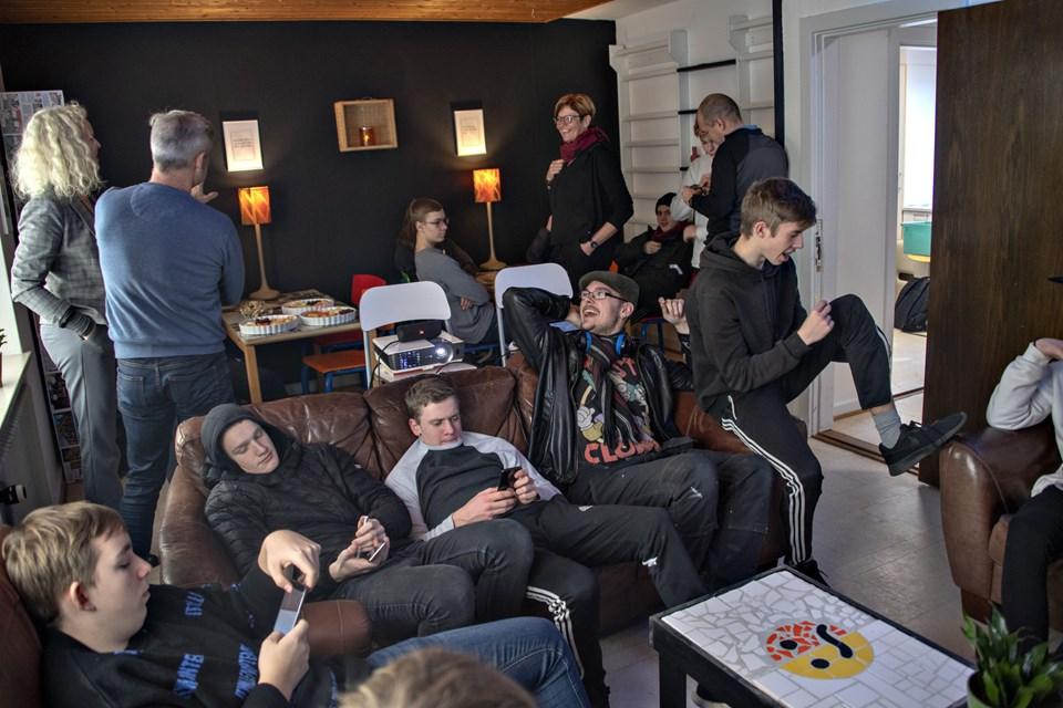 """Fredag var der fernisering af de """"nye"""" kvadratmeter på Hjørring Ungdomscenter.Foto: Kurt Bering"""