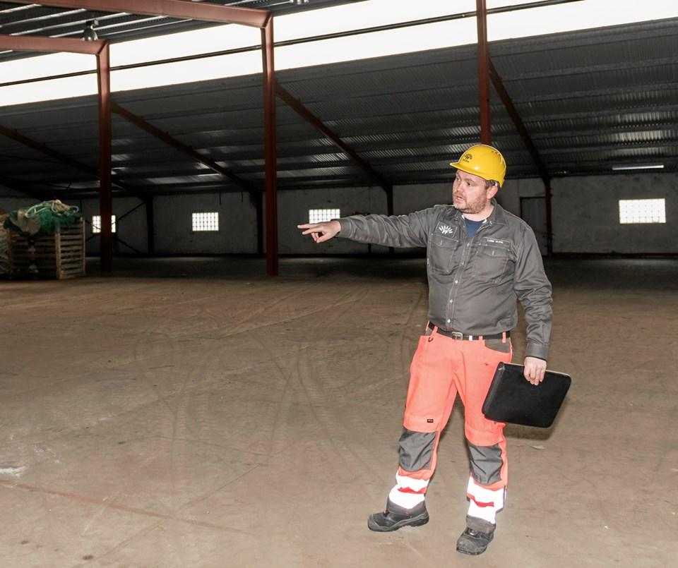 - Vi ser det som en win-win situation, at vi kan få bedre intern logistik, mens Scandic Pelagic får bedre plads og en optimal placering i forhold til deres øvrige bygninger, siger Production Director i FF Skagen, Lars Uldal.