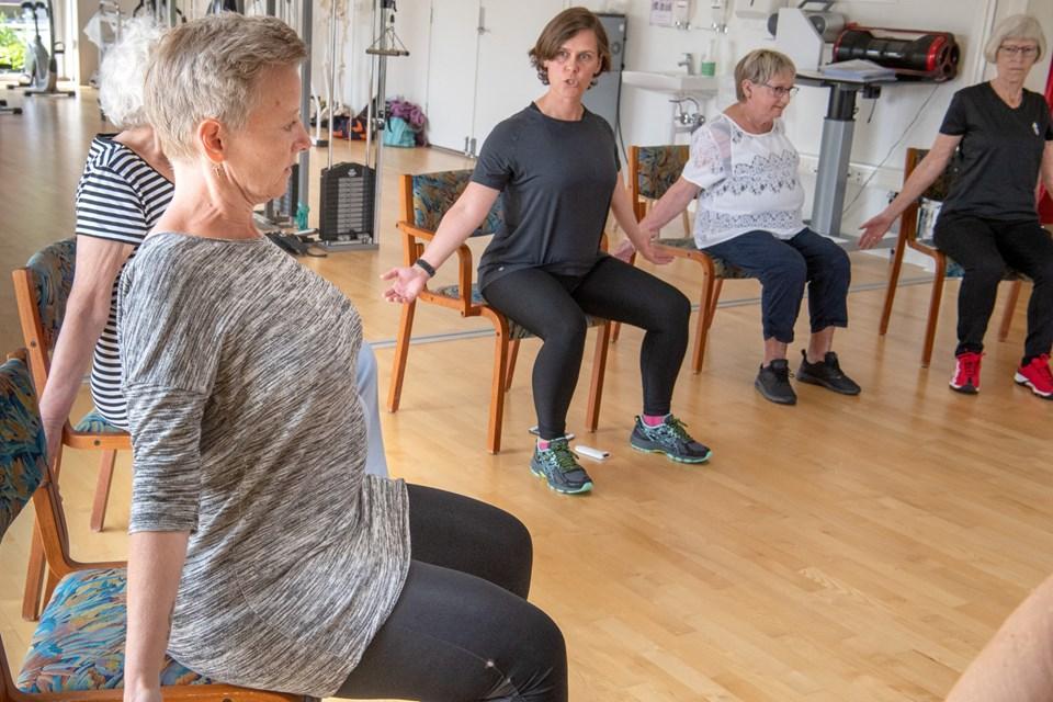 Et tværfagligt team tilbyder fysisk træning, undervisning og rådgivning. Foto: Henrik Louis HENRIK LOUIS