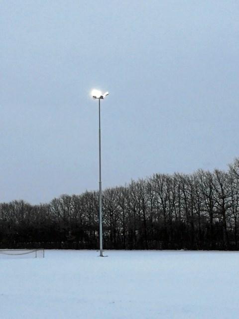 Nu kan de se noget over hele fodboldbanen i Thise. Privatfoto