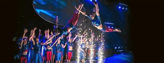 De populære gymnaster fra Aarhus - Flying Superkids viser deres show på Torvet den 4. maj Foto: privat privat