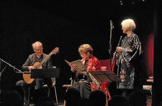 Fra venstre Lars Hannibal, Ghita Nørby og Michala Petri. Foto: Hans B. Henriksen