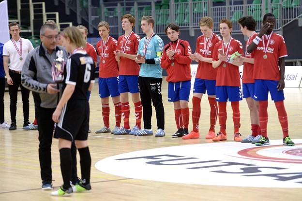 Sølvmedaljer hører åbenbart til i IF Skjold. Således snuppede U17 drengene også sølvet ved DM for to år siden.