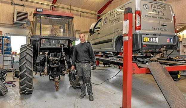 Værksted både med maskiner og biler samt et smedeværksted er der på stedet i dag, samt køkken, der leverer til Ranum Efterskole. Foto: Mogens Lynge Mogens Lynge