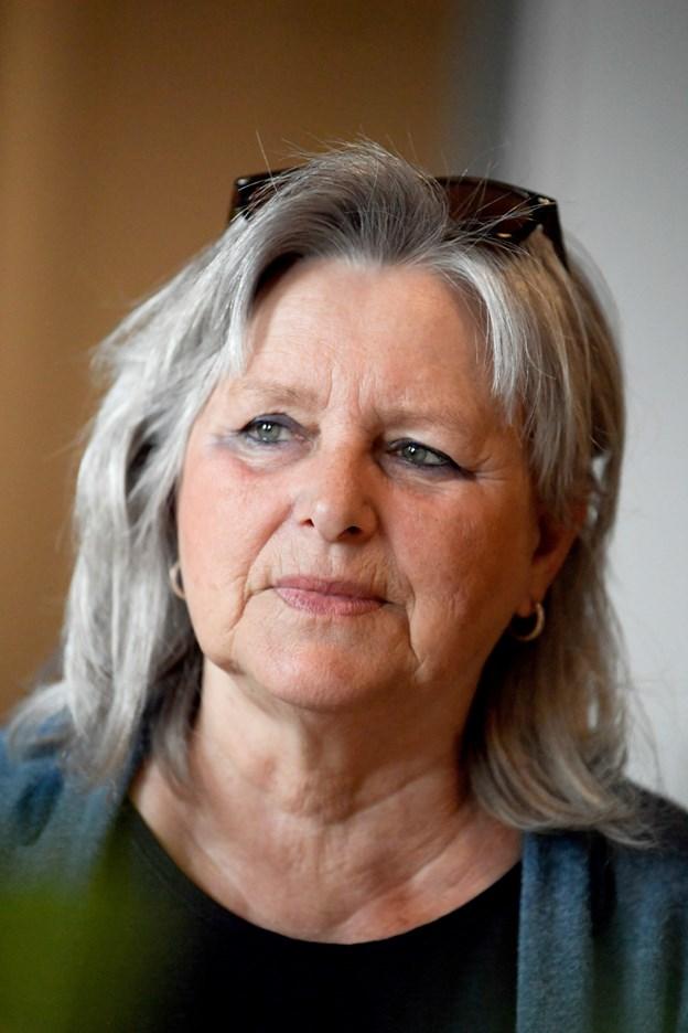 Erna Iversen har solgt sit hus og havde selv brug for et nyt værksted, så hun syntes, lokalet var fantastisk og fik overtalt de fem andre til at være 12 i stedet for seks. Foto: Henrik Louis Simonsen. HENRIK LOUIS