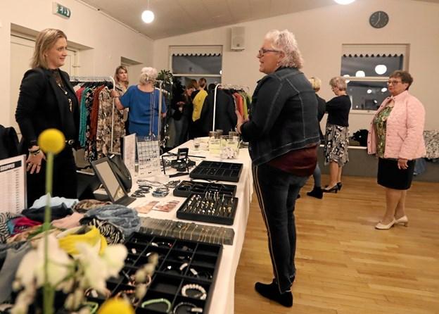 Arrangementet omfattede en række stande med blandt andet mode og livstilsprodukter. Foto: Allan Mortensen