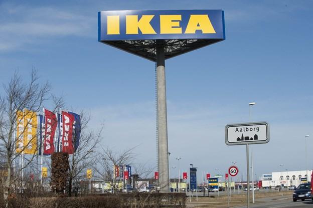 Store skilte i City Syd Ikea var de første med mega skilt    Foto Grete Dahl