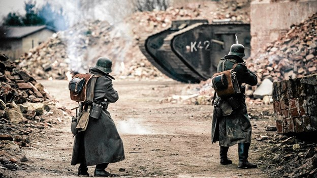En scene fra I Krig & Kærlighed. Foto: Stanislav Honzik $ID/NormalParagraphStyle: Hans Jørgen Callesen