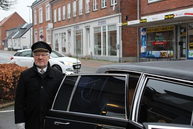 Verner Schytte var klar med limousinen. Foto: Hans B. Henriksen