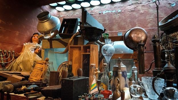Kælderen er efterhånden blevet et mindre museum.