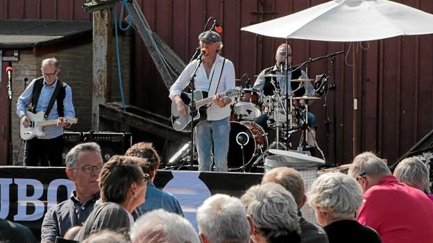 Lune Carlsen med band sluttede havnefesten af, med stort bifald fra publikum. Foto: Peter Jørgensen Peter Jørgensen