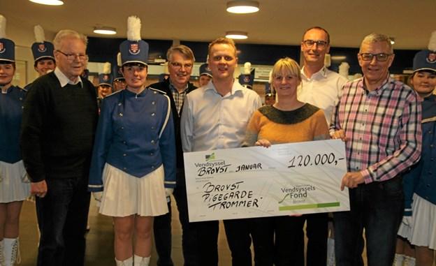 Donationen på 120.000,- kroner er virkelig med til at gøre en forskel. Foto: Flemming Dahl Jensen Flemming Dahl Jensen