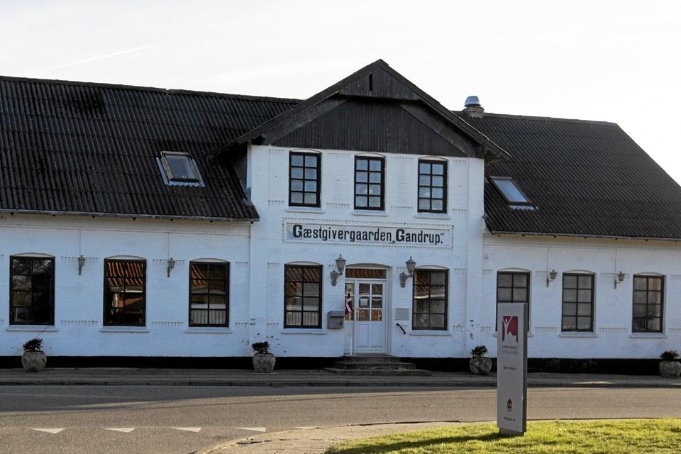 Gæstgivergaarden Gandrup danner 15. marts ramme om en aften møntet på kvinderne. Arrangementet byder på alt fra udstillinger til modeshow. Foto: Allan Mortensen