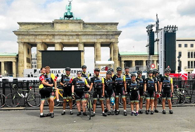 Målet er at ramme Berlin 23. juni efter fem dage i sadlen. Arkivfoto