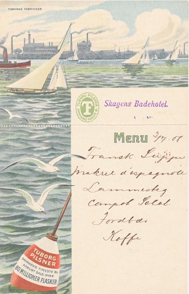 Menukort fra højsommeren 1908, hvor man kunne rejse sig stopmæt fra bordet efter at have indtaget fransk suppe, makrel d'Espagnole, lammesteg, compot salat, jordbær og kaffe. Velbekomme. LOKALHISTORISK ARKIV SKAGEN