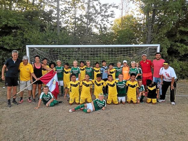Efter mange tætte og meget spændende kampe ved Dana Cup blev kvartfinalen og de senere cup vindere fra Peru endestationen for holdet. Privatfoto