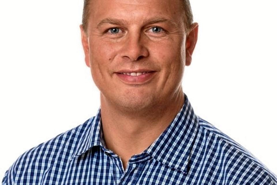 Mads Joest Væver er glad for at komme hjem og drive forretningen i sin egen by. Han overtager Rema 1000 på Hjørringvej 11. september.