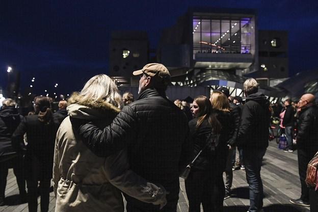 Op mod 10.000 gæstede Musikkens Plads søndag aften. Foto: Bent Bach