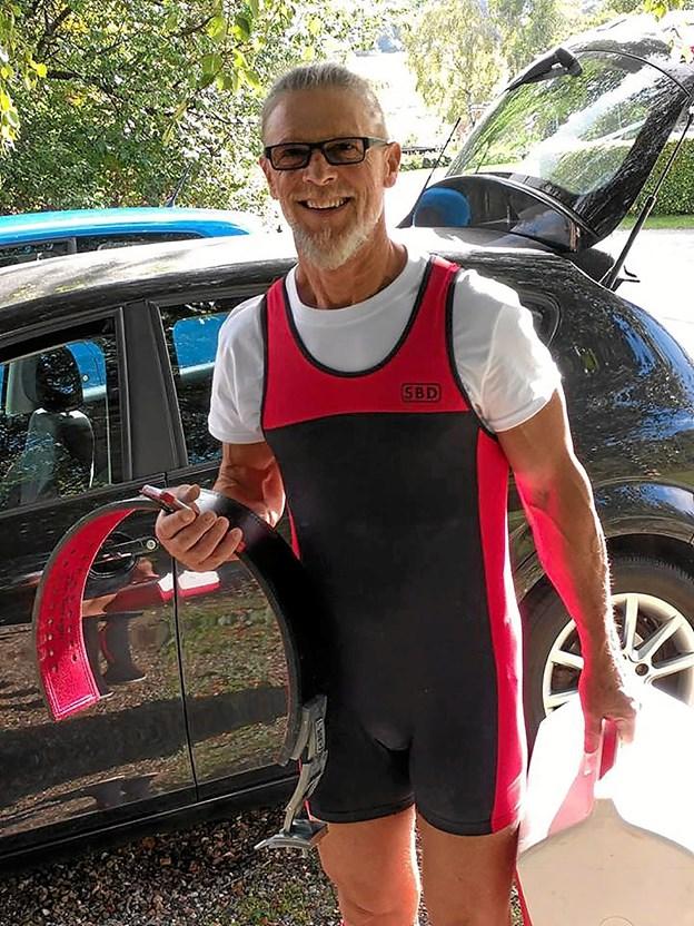 71-årige John Terragni fra Gravlev slog sin egen rekord og blev Dansk Mester i sin vægtklasse og aldersgruppe. Foto: Privat