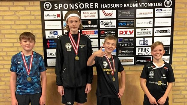 """En flok unge badmintonspillere fra Hadsund Badminton Klub har været i Brønderslev, hvor de opnåede flotte resultater i """"Brønderslev Vestmesterskab Nordjylland"""". I U13C vandt Lau Riise Andersen og Marco Engberg i HD. I U13D blev det til en 3. plads i HS for Mikkel Bendix Aggerholm. I U15B vandt Tue Riise Andersen i HD og bliver nr. 2 i MD. Foto: Michael Søndergaard."""