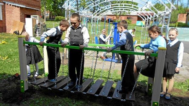 I 2018 ydede Himmerlands Humanitære Forening som noget af det sidste økonomisk støtte til at forbedre udendørsfaciliteterne på det russiske børnehjem i landsbyen Podborki 250 kilometer syd for Moskva, blandt andet med en ny legeplads for de yngste og til en delvis renovering af den eksisterende. Privatfoto