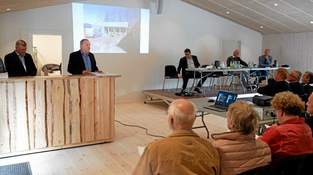 Formanden for Tolne Skov ApS, direktør Henrik Hougaard, aflægger beretning. Foto: Niels Helver Niels Helver