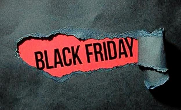 Fredag 23. november er der Black Friday - butikkerne har åbent til kl. 22 - og MAS koret synger kl. 19.30.