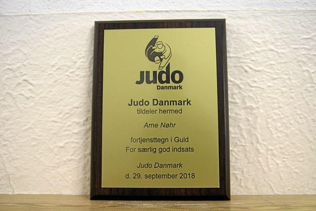 Den højeste udmærkelse man kan opnå hos Judo Danmark. Foto: Flemming Dahl Jensen