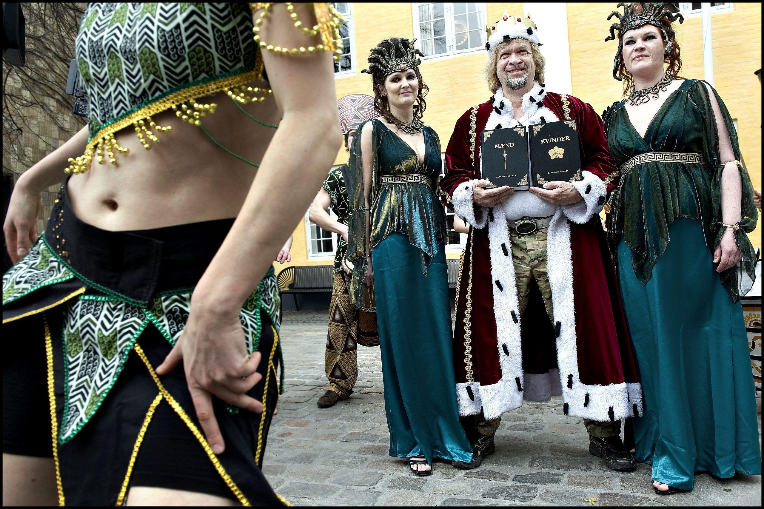 Karnevalskongen anno 2010 var det den kendte par- og sexterapeut Carl-Mar Møller. Arkivfoto: Lars Pauli