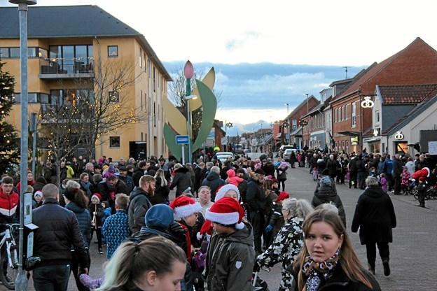 Der var masser af mennesker, lige meget hvor man kikkede hen. Foto: Hans B. Henriksen Hans B. Henriksen