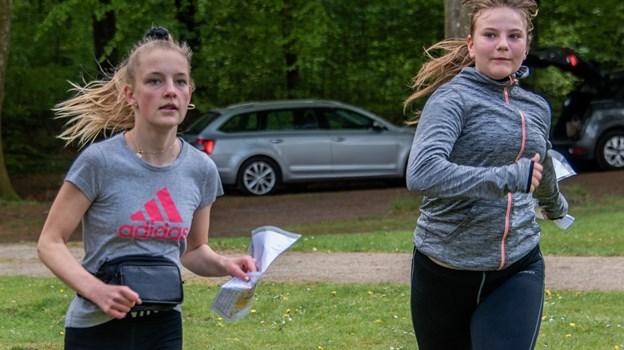 Eleverne var godt forpustede i det lune sommervejr, når de kom i mål. Martin Damgård