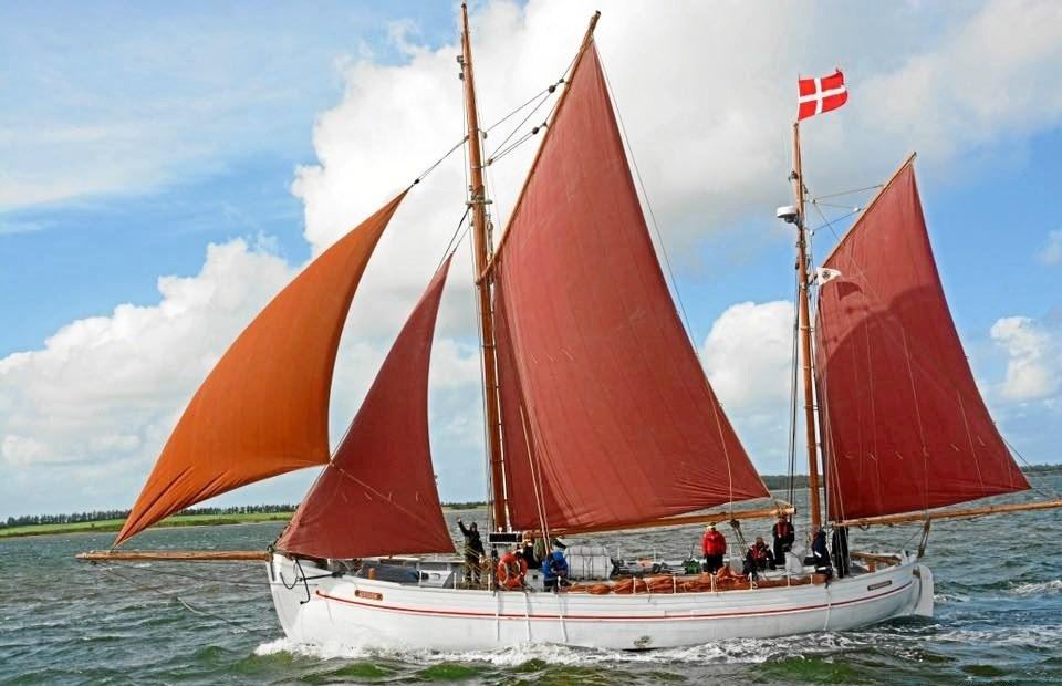 Bådelauget Alvilde har godt 150 medlemmer, og den gamle skude bruges i dag flittigt til tirsdagssejladser, weekendture, fisketure og andet godt på havet.Privatfoto