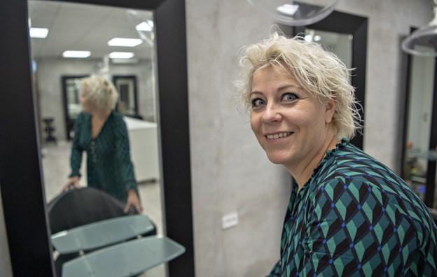 Salonen har mange gengangere blandt kunderne - men snart skal de mødes op et nyt sted i hele nye rammer. Foto: Kurt Bering Kurt Bering