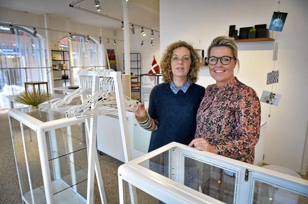 """Butikken var langt fra færdigindrettet da fotografen var forbi. Men retro bliver en del af indretningen af de """"ny"""" Korsbæk. Foto: Ole Iversen Ole Iversen"""