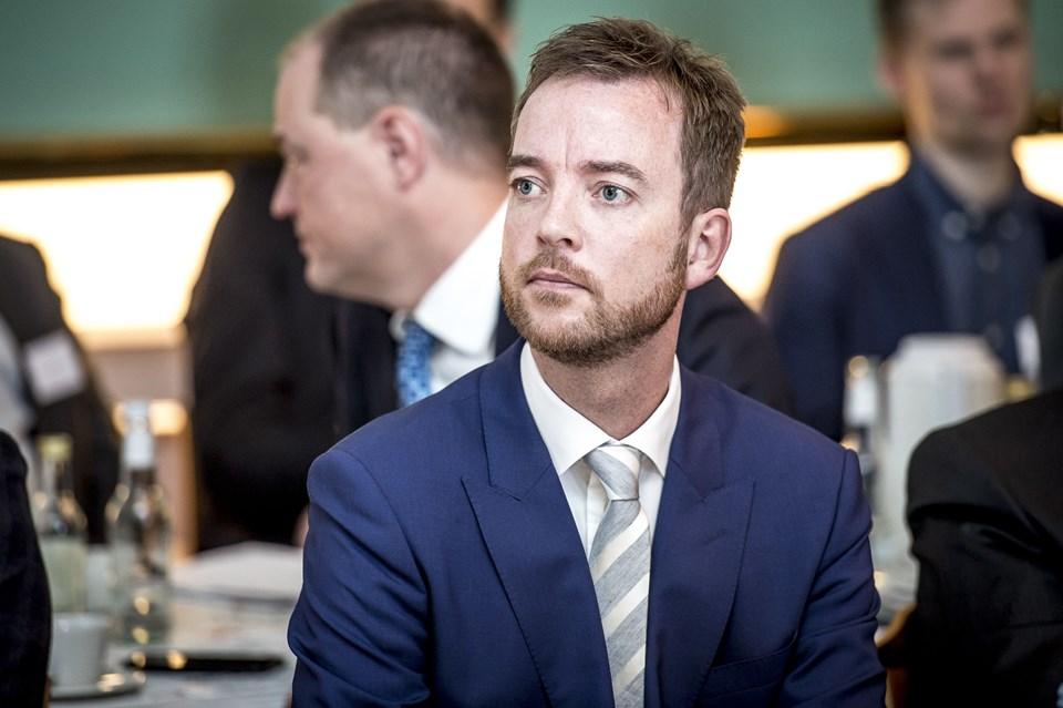 Miljø- og fødevareminister Esben Lunde Larsen (V) stopper som minister, men fortsætter i Folketinget til næste valg. Det skriver han på sin facebook-side. Arkivfoto: Mads Claus Rasmussen, Ritzau Scanpix