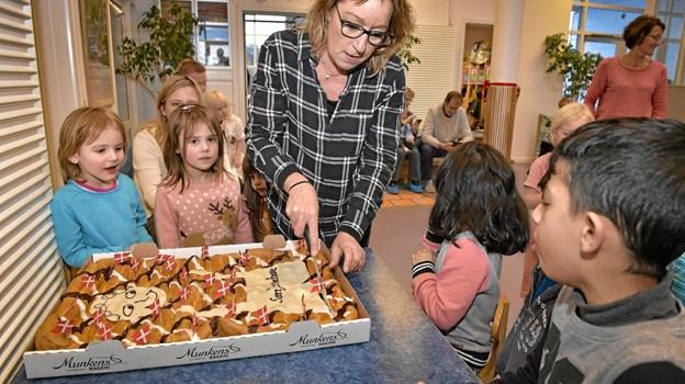 Og så var der selvfølgelig kage til alle. Foto: Ole Iversen Ole Iversen