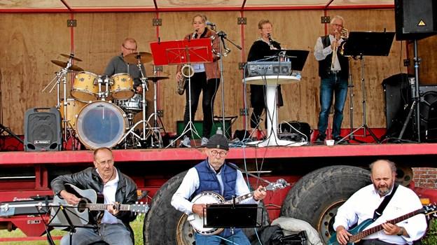 Thyholm All Stars leverede skøn musik fra scenen. Foto: Hans B. Henriksen Hans B. Henriksen