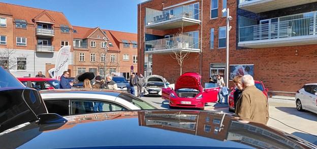 Seks forskellige bilmærker var repræsenteret på udstillingen. Privatfoto